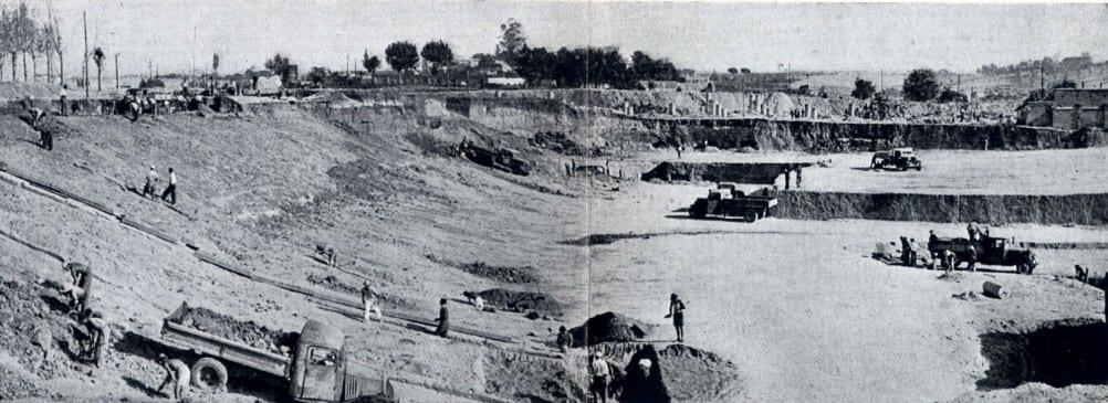 refino-de-taludes-en-el-graderio-oeste-5-septiembre-1945